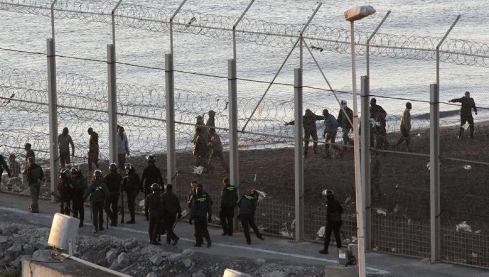 Vista general del lugar donde murieron los 15 inmigrantes