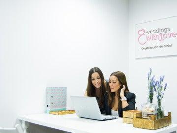 Estas dos jóvenes emprendedoras te organizarán todo a la perfección