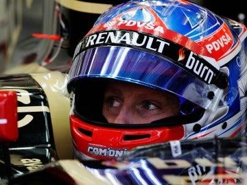 Romain Grosjean, antes de salir a pista