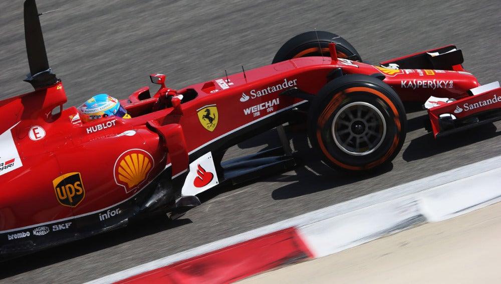 Alonso, en los test de Baréin