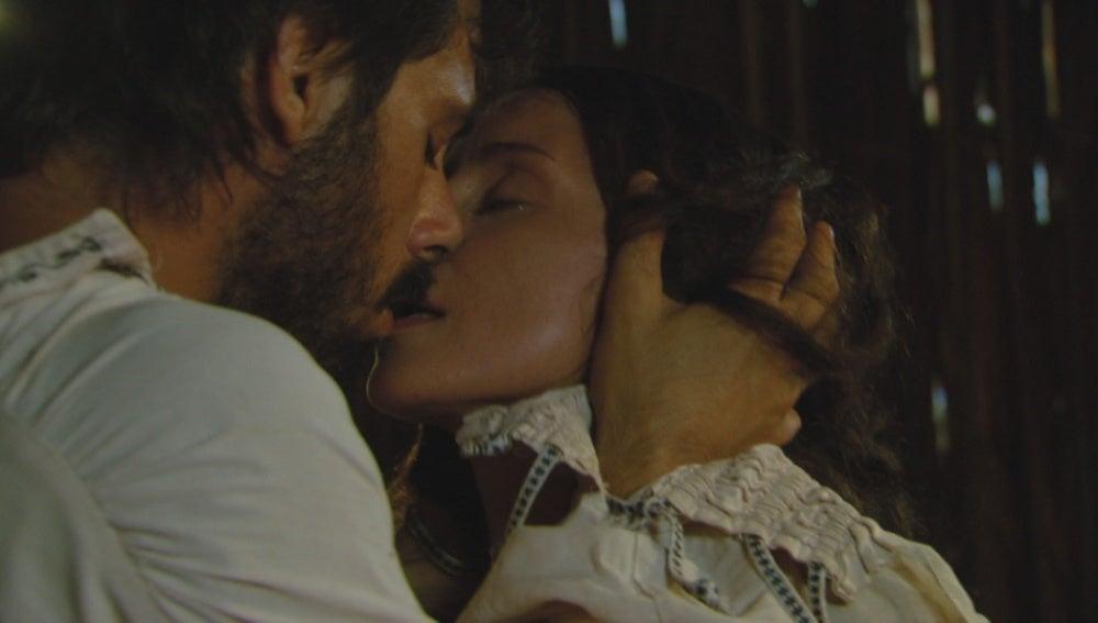 El reencuentro entre Salazar y Mencía