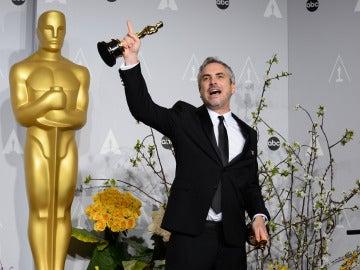 Alfonso Cuarón, triunfa en la noche de los Oscar