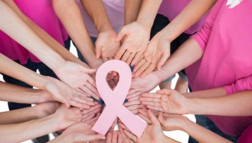 Investigan dos fármacos que podrían aumentar la superviviencia en las mujeres que sufren cáncer de mama