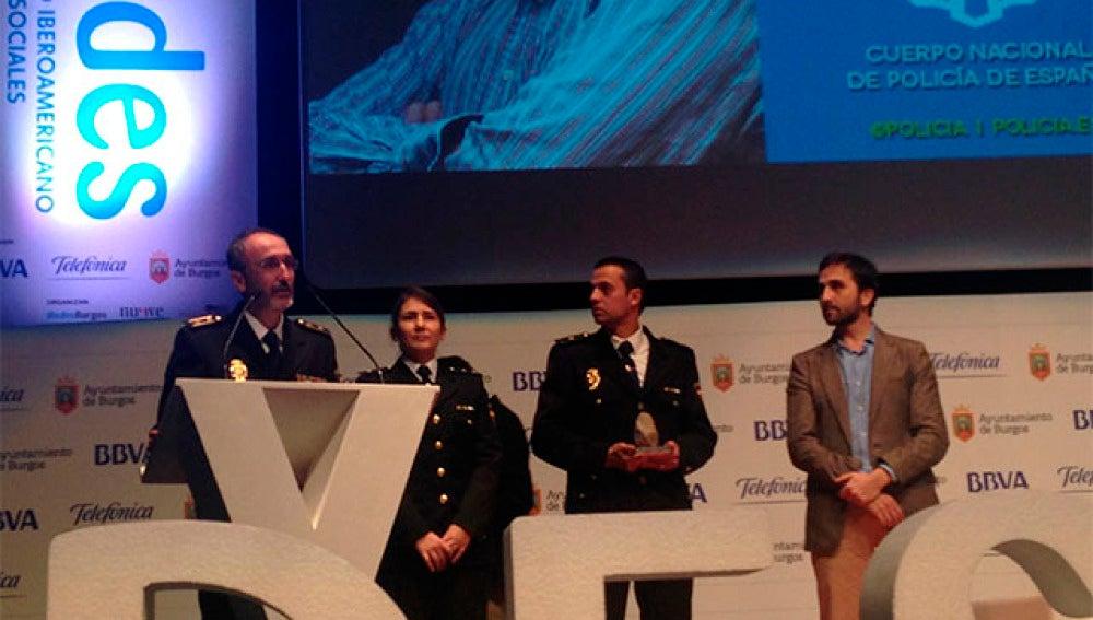 La Policía Nacional recoge el premio iRedes
