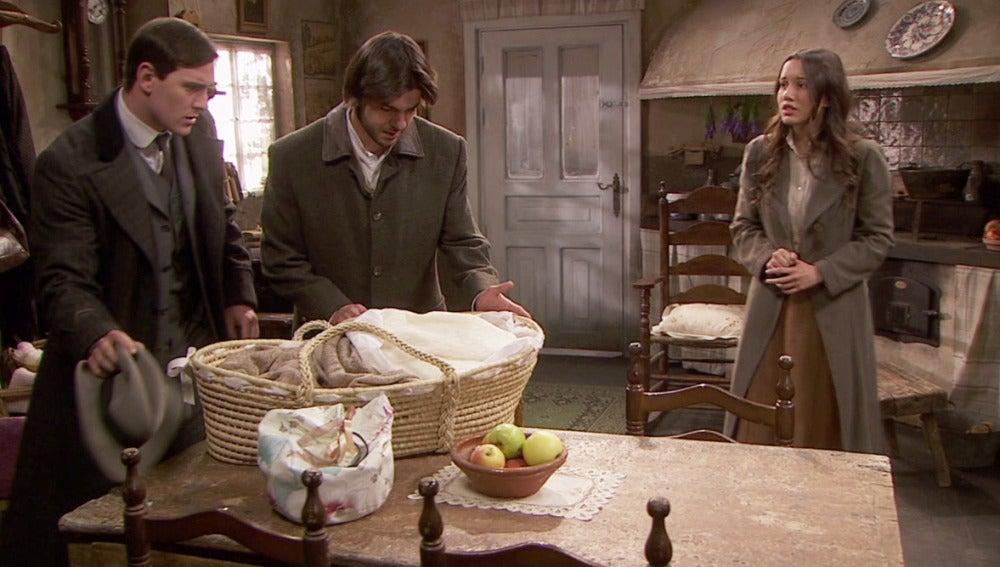 Gonzalo y Lesmes encuentran a Aurora y Esperanza