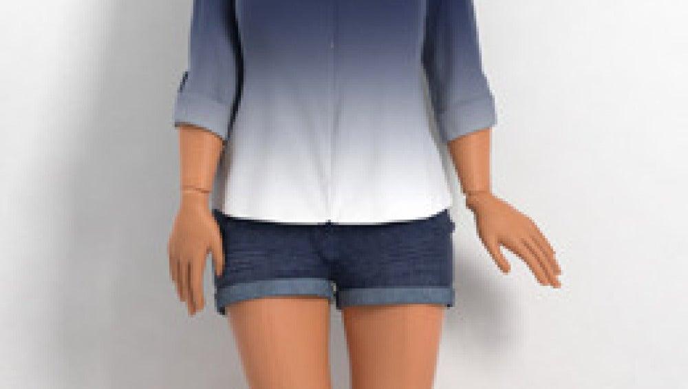 La 'no Barbie' viste ropa cómoda
