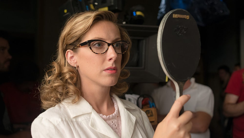 ¿Qué ve Rita al mirarse en el espejo?