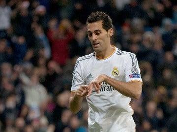 Álvaro Arbeloa celebra un gol con el Real Madrid