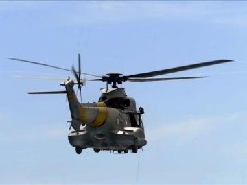 Un helicóptero del Servicio Aéreo de Rescate (SAR) de Canarias