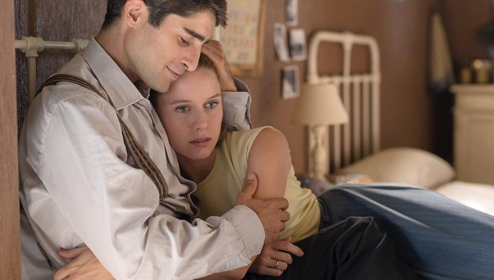 Luisa se reencuentra con su marido