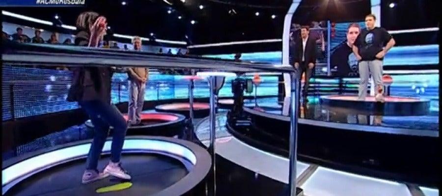 Antena 3 tv la ca da de silvia - Armario de la tele antena 3 ...