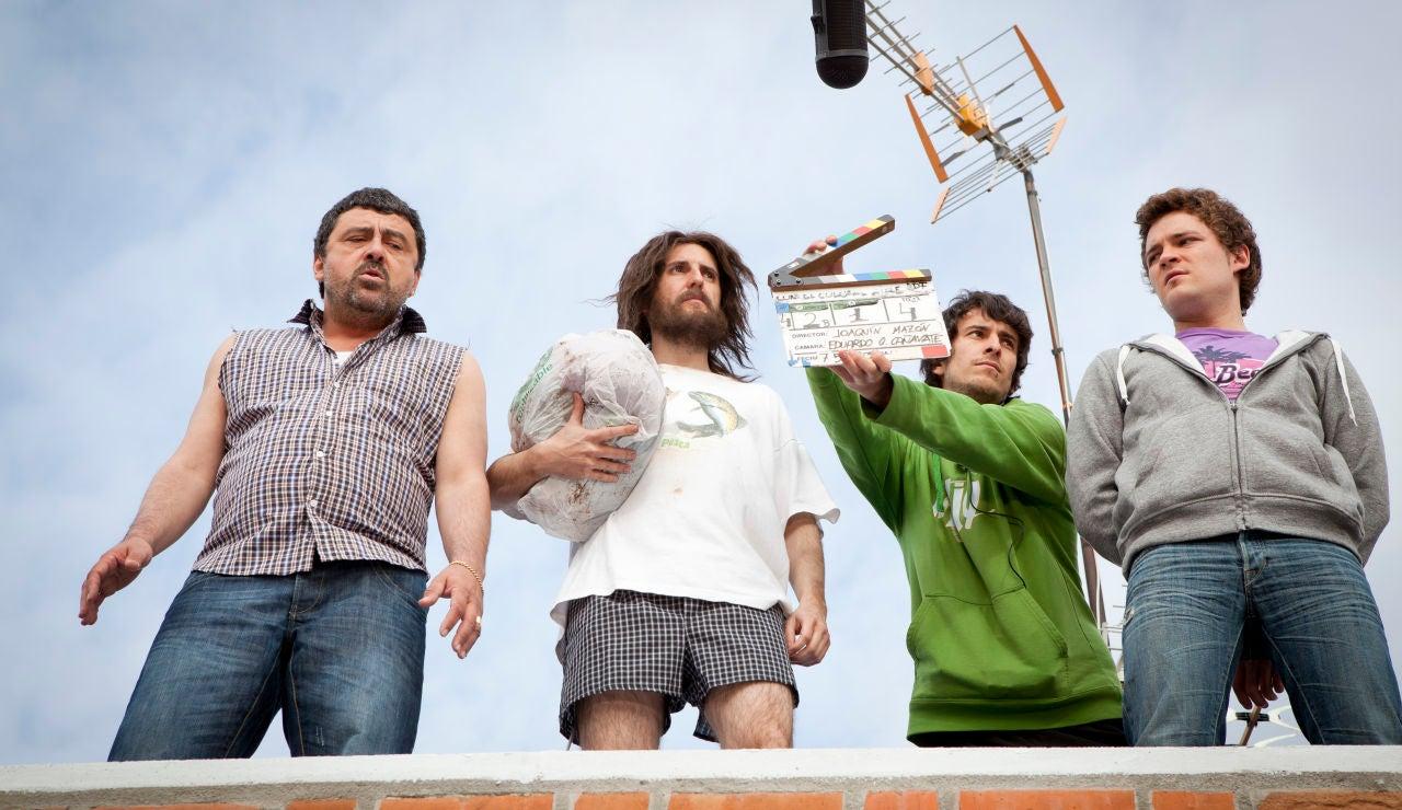 Paco, Julián, Adam y acción