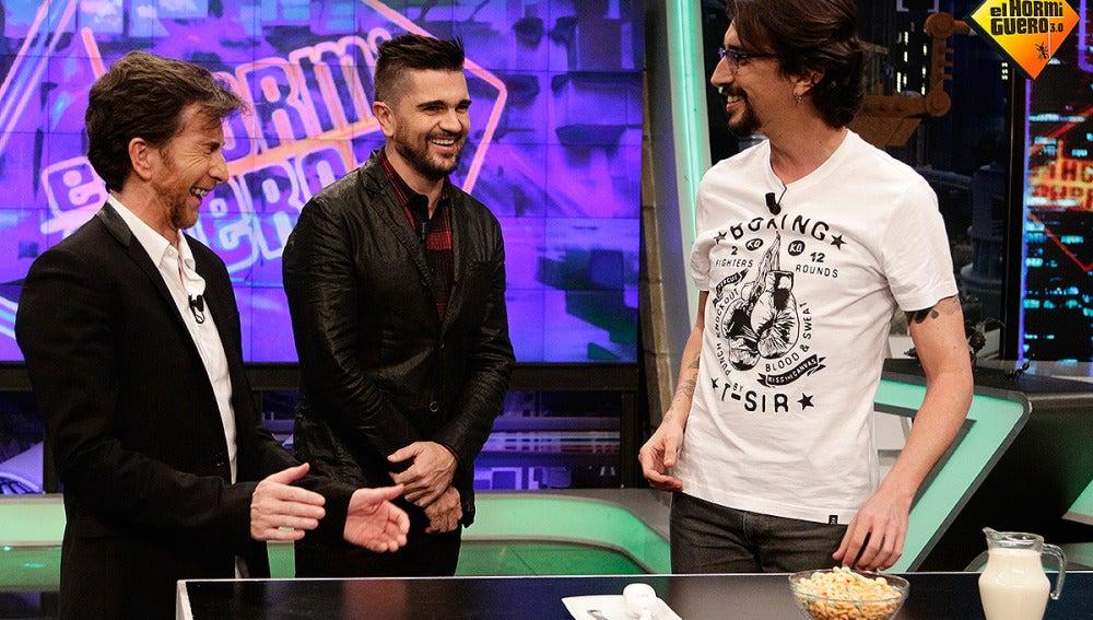 Juanes hace ciencia con Marron