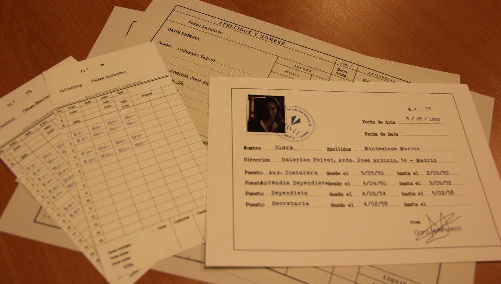 Documentos personales de Clara