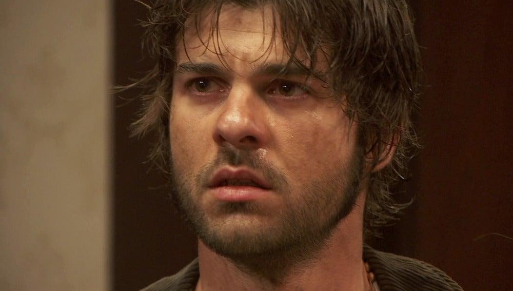 Gonzalo, abatido por no encontrar a Esperanza y María, en peor estado