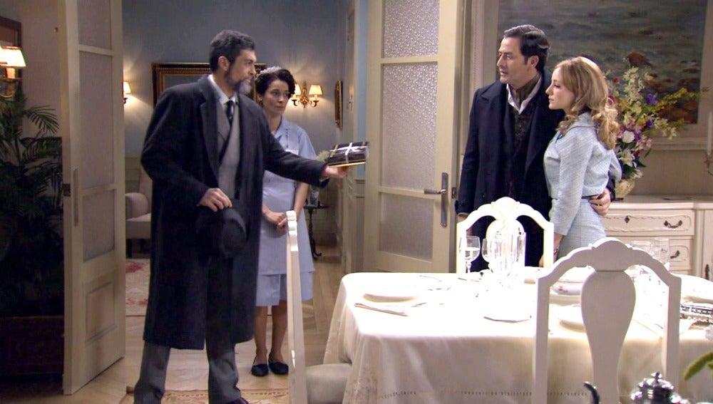 Jero cruza los límites con la familia de Augusto