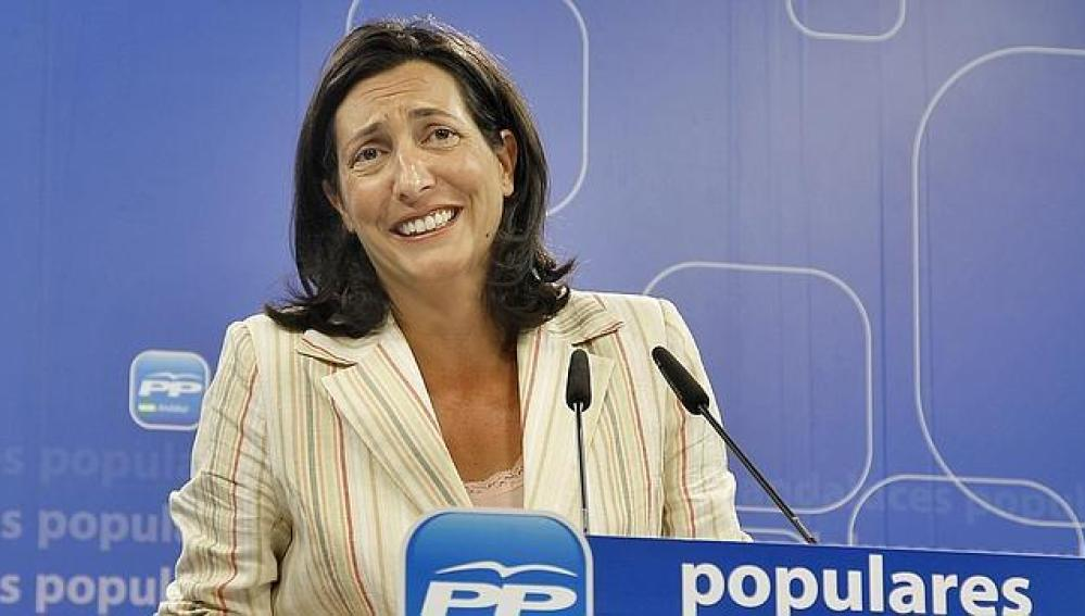 La secretaria general del PP-A, Dolores López Gabarro