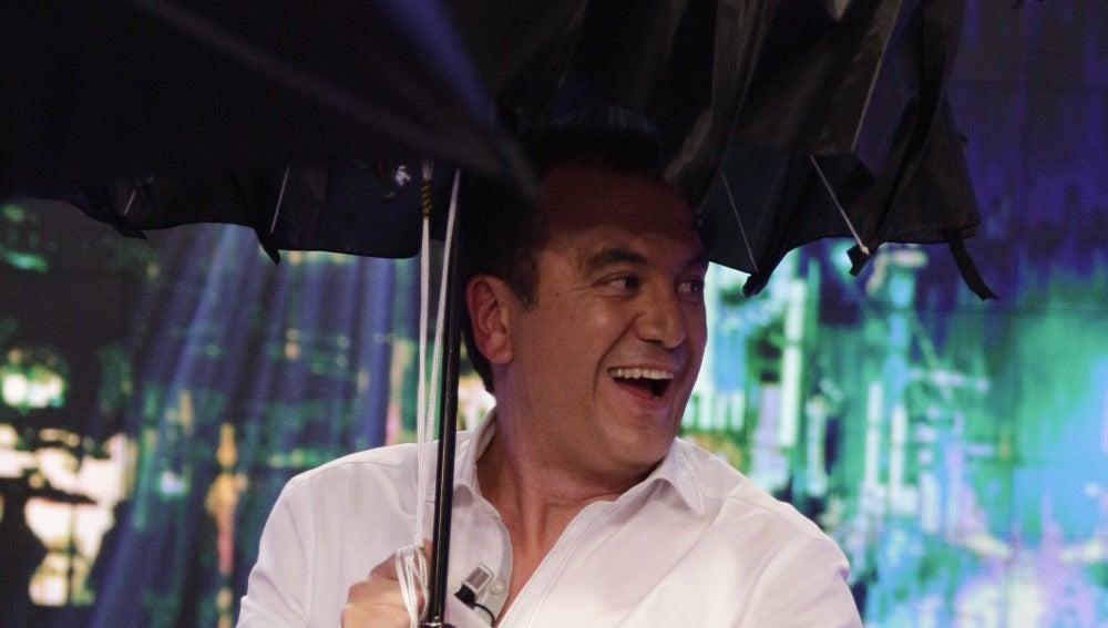 Brasero y el paraguas 'tuneado'