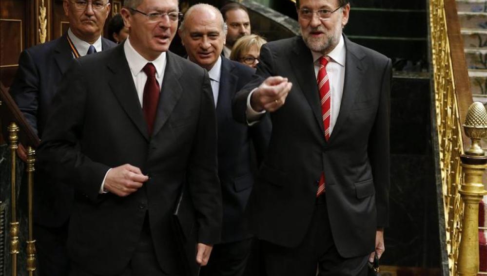 Rajoy junto al ministro de Justicia