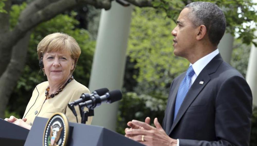 El presidente estadounidense Barack Obama y la canciller alemana Angela Merkel