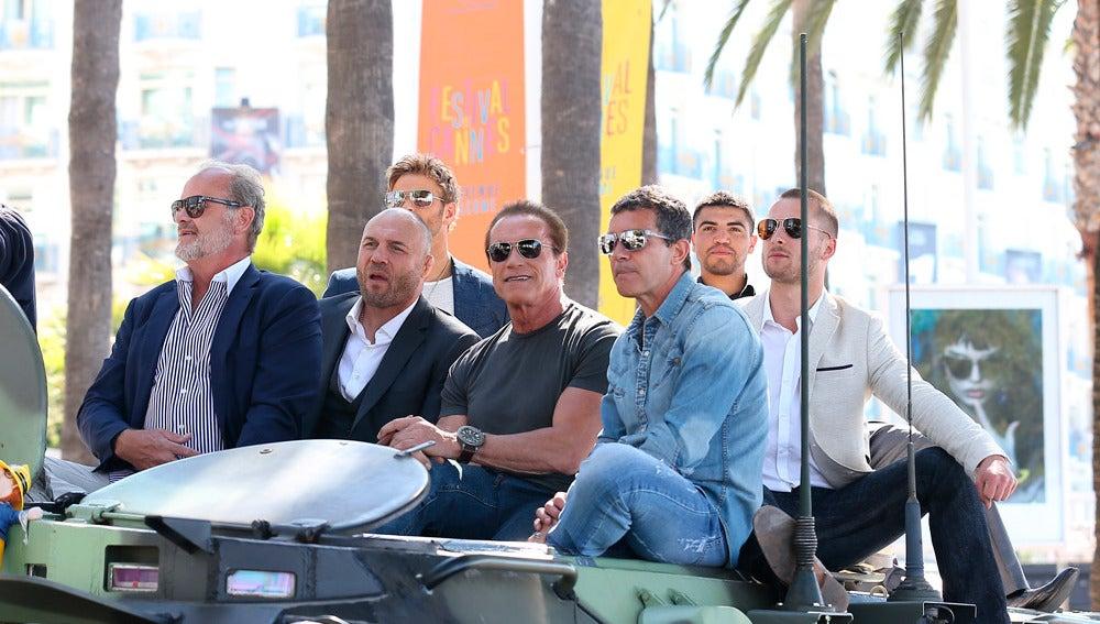 Sobre el tanque, todos los hombres de Stallone