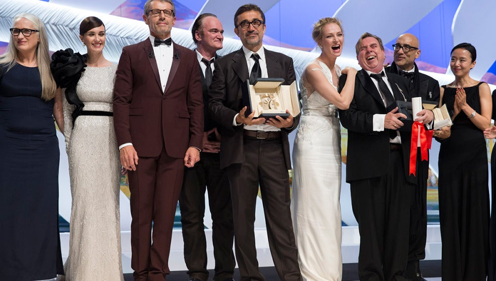 El equipo al completo de 'Winter Sleep' que recibió la Palma de Oro
