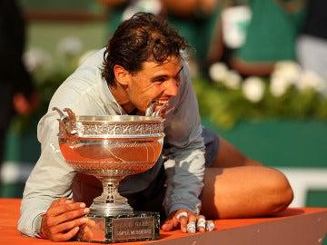 Nadal muerde su noveno Roland Garros