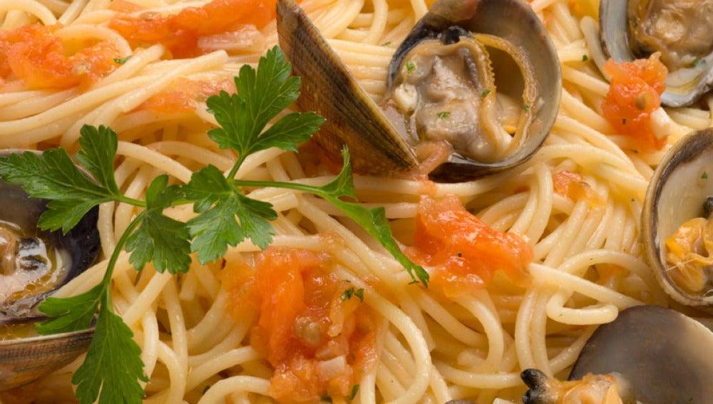 Antena 3 tv espaguetis con almejas - Espaguetis con almejas ...