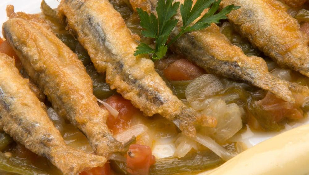 Anchoas con fritada y mahonesa de ajo