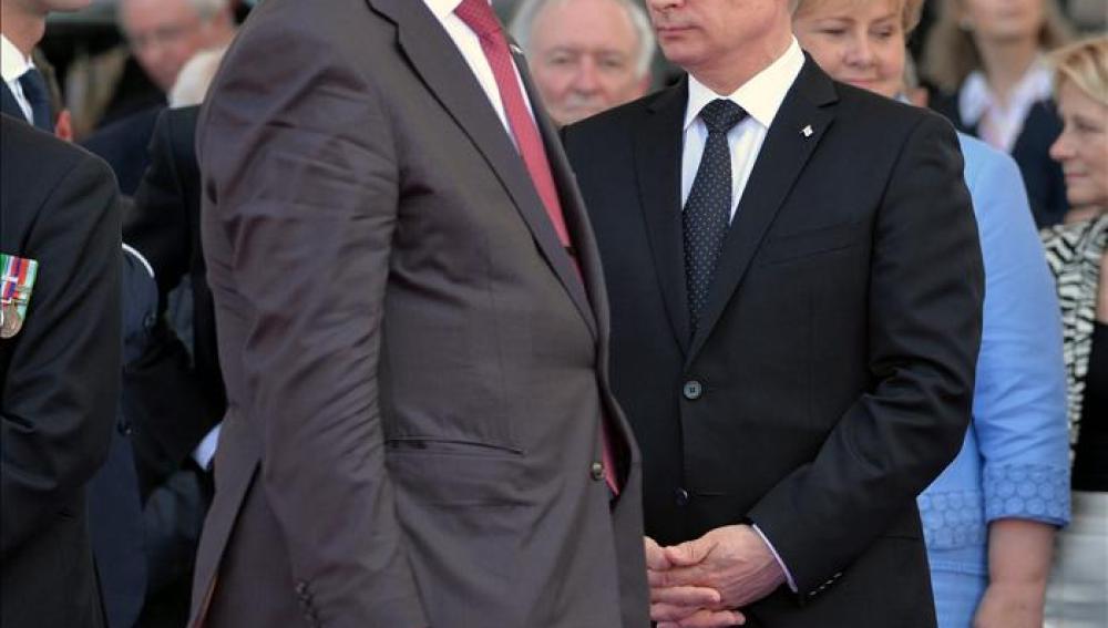 Poroshenko y Putin hablan sobre medidas para un alto el fuego