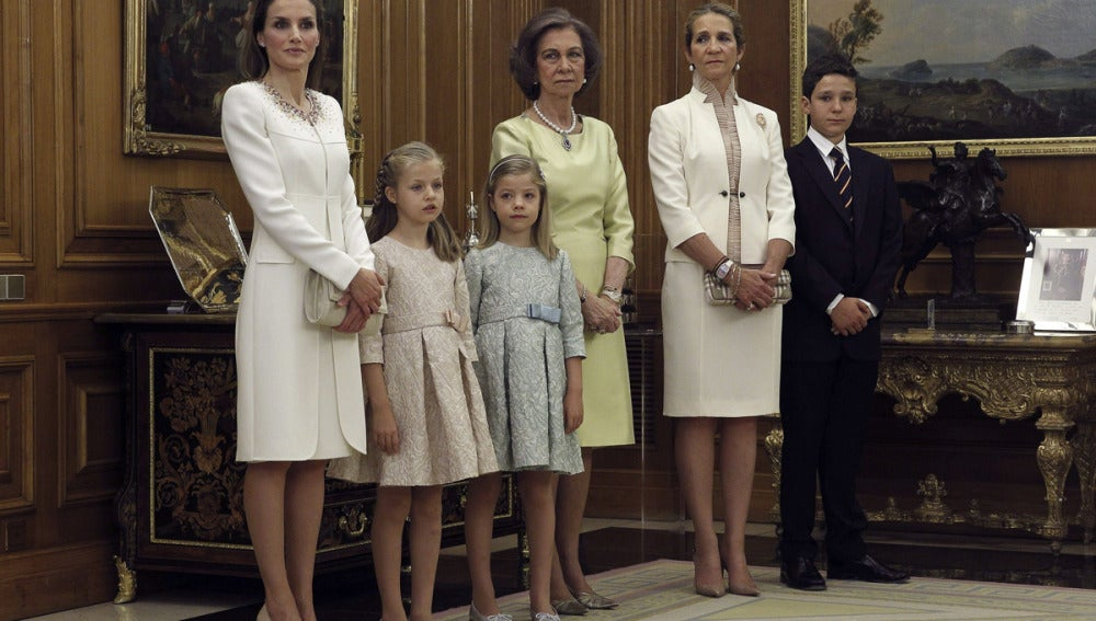 La Reina Letizia, las Infantas, la Reina Sofía, doña Elena y Froilán