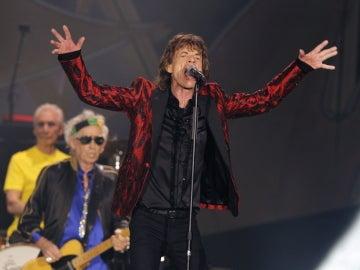 Mick Jagger hechizando al público