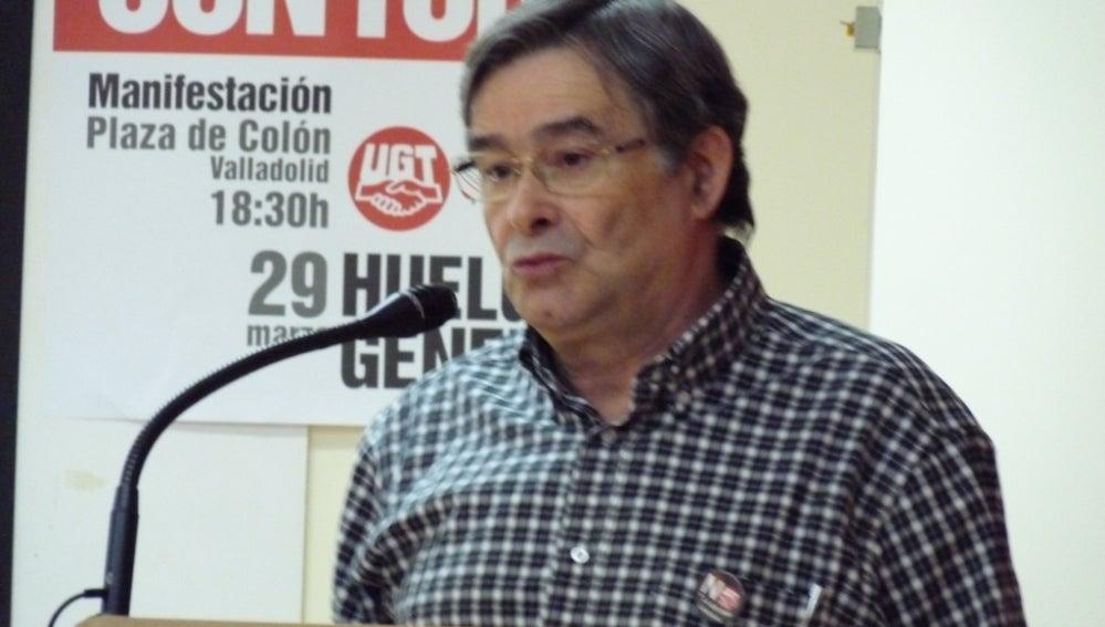 Manuel Fernández López 'Lito', en un discurso