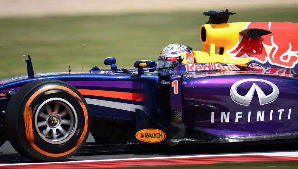 Vettel, con el RB10