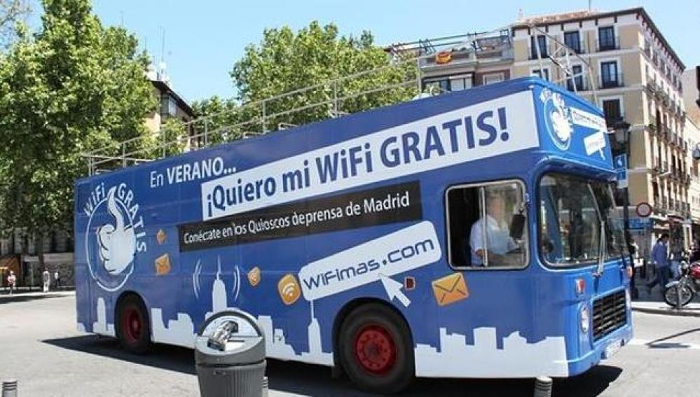 Autobús con publicidad de Gowex