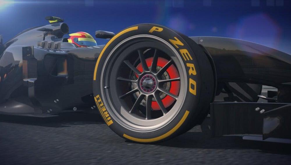Louts Renaul prueba los nuevos neumáticos de 18 pulgadas de Pirelli