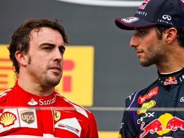 Alonso y Ricciardo en el podio