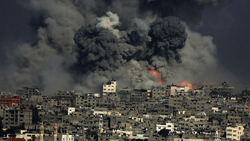 Imagen los bombardeos del lunes sobre Gaza