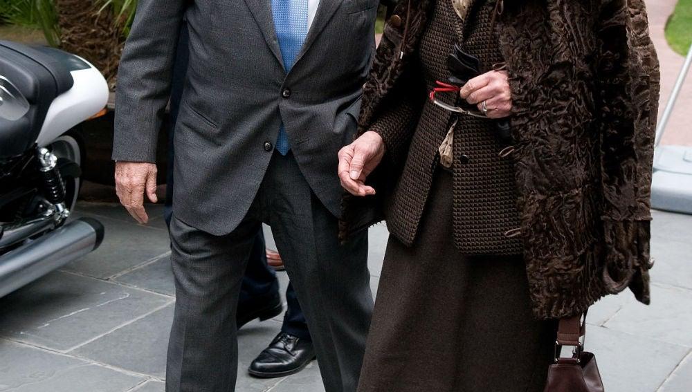 Jordi Pujol con su mujer