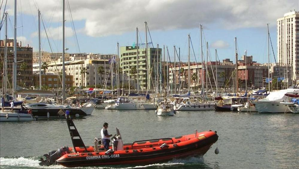 Dos submarinistas fallecen en la costa del sur de Gran Canaria