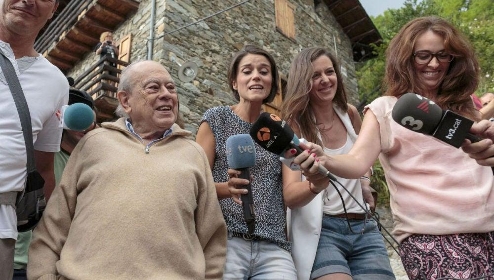 Declaraciones de Jordi Pujol en su casa de veraneo