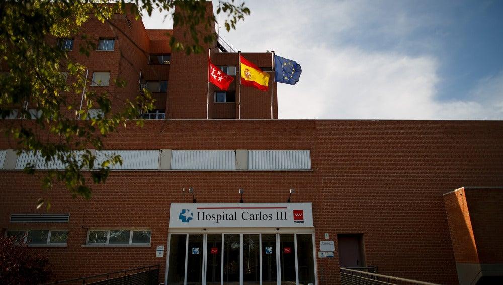 Fachada del Hospital Carlos III de Madrid