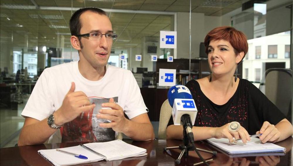 Los portavoces de Podemos,  Xabier Benito y Neskutz Rodríguez