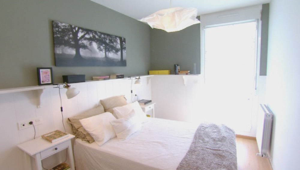 Antena 3 tv decoramos un dormitorio sin apenas mobiliario - Friso blanco pared ...