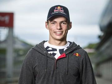 El joven piloto Max Verstappen
