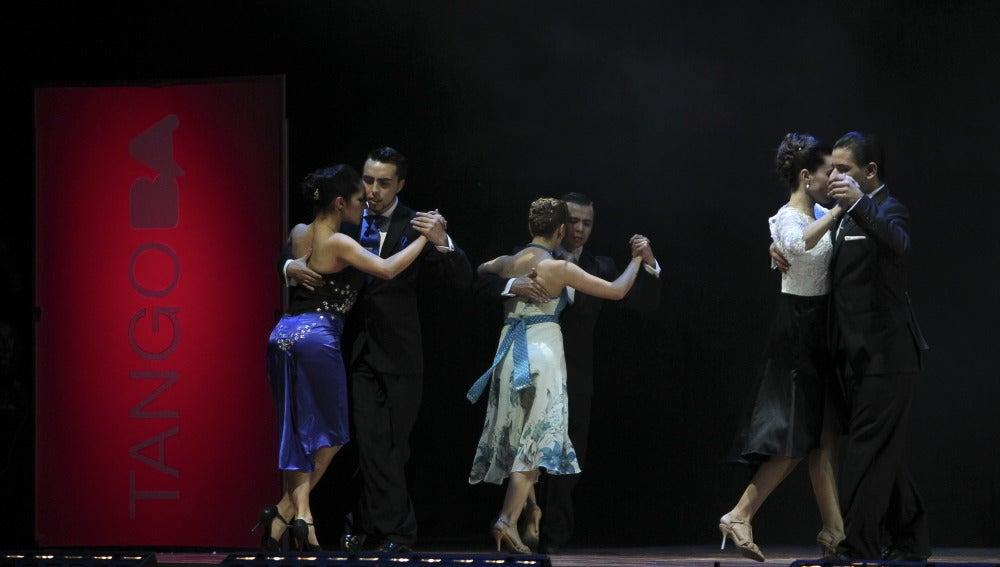 Participantes en el Mundial de Tango de Buenos Aires