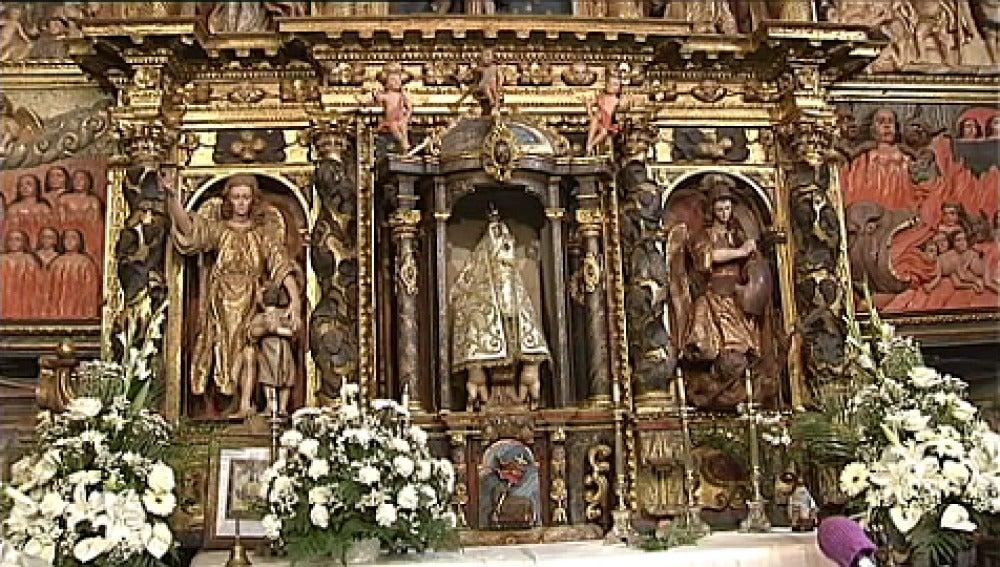 Virgen del siglo XV de una parroquia de Lugo