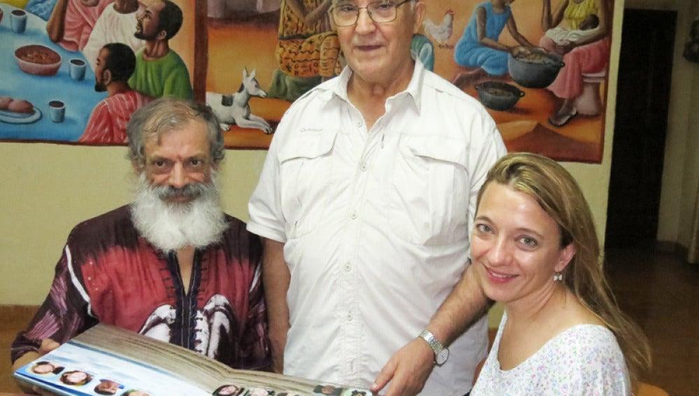 El hermano Manuel, en el centro de la imagen, será repatriado