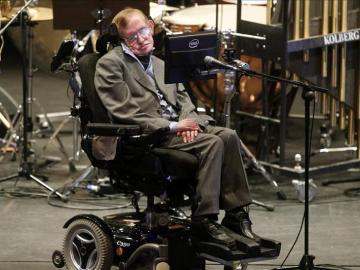 Stephen Hawking en una conferencia en el Festival Starmus, en Tenerife