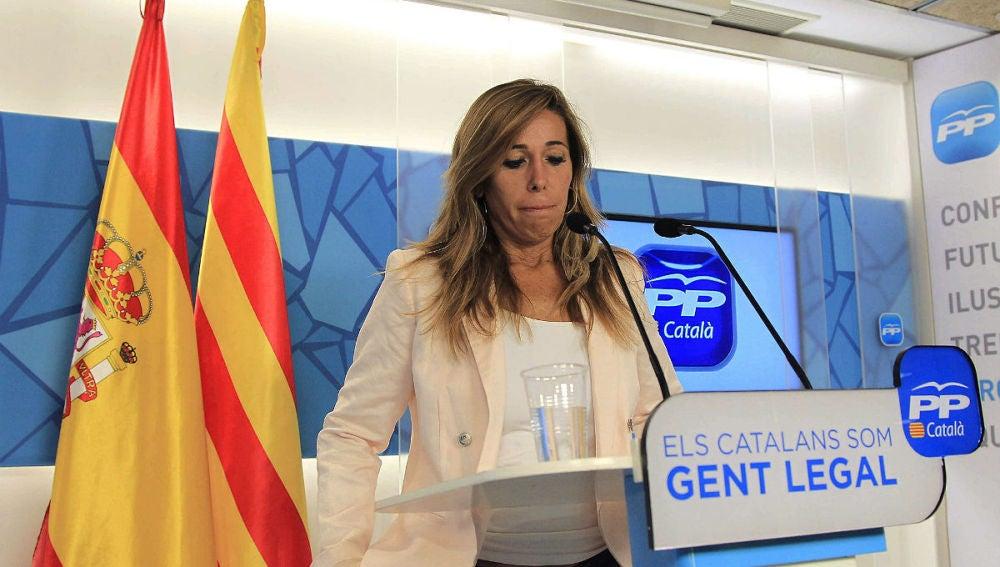 Sánchez Camacho, comparece tras la firma por parte del president Artur Mas